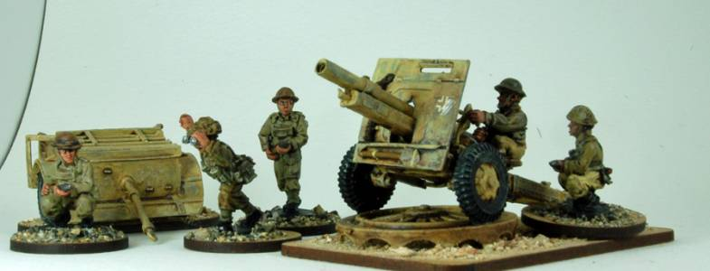 23 Pdr Artillery Piece And Crew